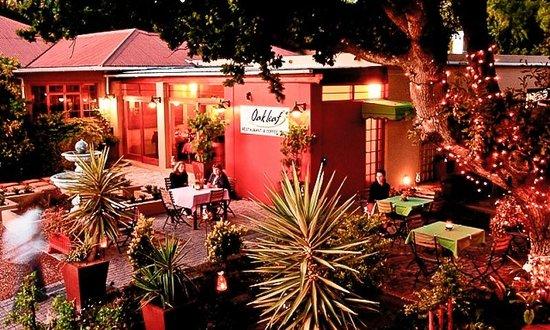 Oak Leaf Restaurant: outside