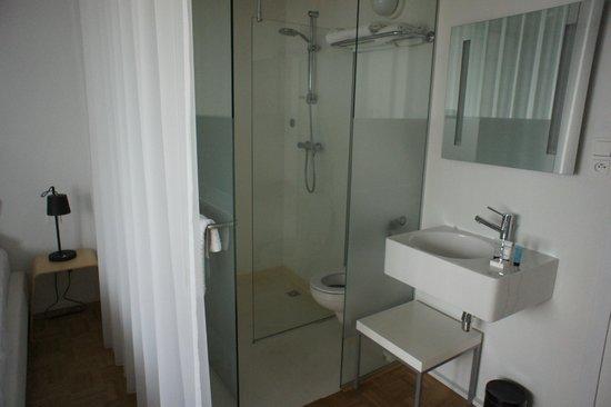 Banks Hotel: Hotelzimmer - Standard: 'Badezimmer'