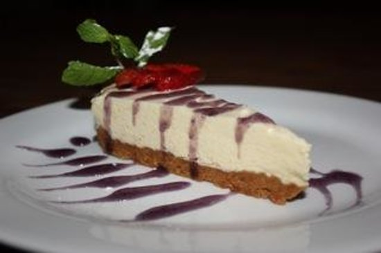 Swish Bar & Restaurant: Chef Special Blueberry Cheesecake