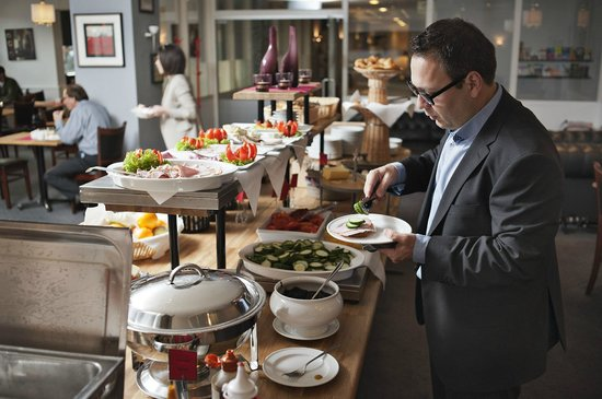 Copenhagen Mercur Hotel: Breakfast buffet