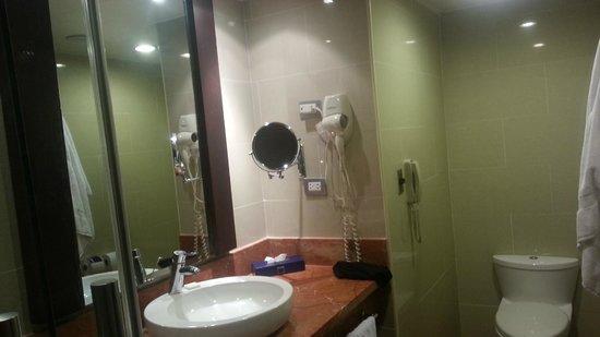 Barcelo Santo Domingo: Coté opposé à la douche