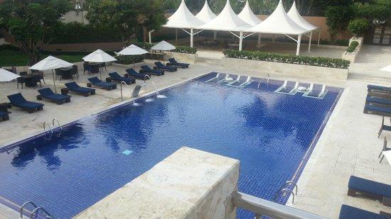 Barcelo Santo Domingo: Vue de l'acces à la piscine