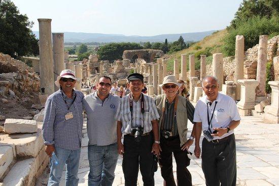 Jasminne Daily Tours: Jasnminne Tour group in Ephesus