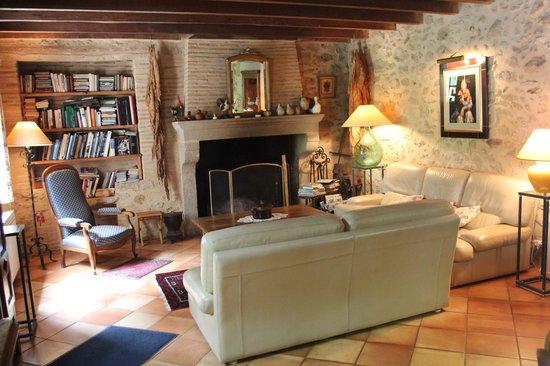 Chambres d'Hôtes Janoutic: Salon