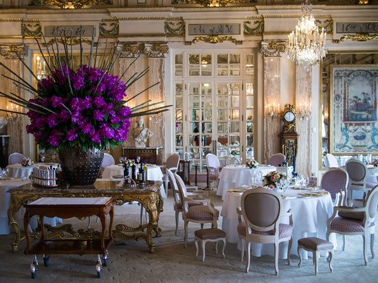 Hotel De Paris: Louis XV