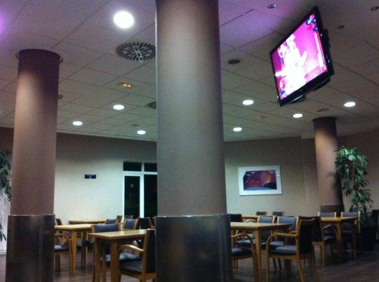 B&B Hotel Valencia Ciudad de las Ciencias: lobby