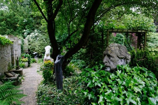 The Gibberd Garden: Frederick Gibberd keeping an eye on part of his gardens