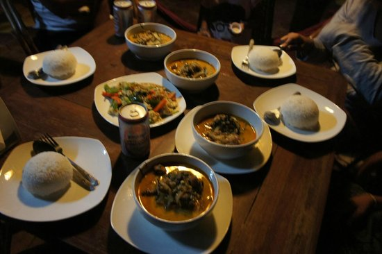 Bunlinda Hostel: Delicious food cooked by Polly