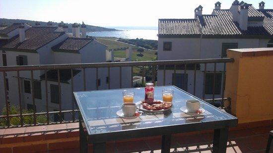 Apartamentos Vista Real: Desayuno en la terraza