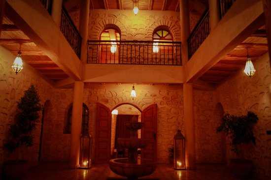 Riad Dar Etto: patio