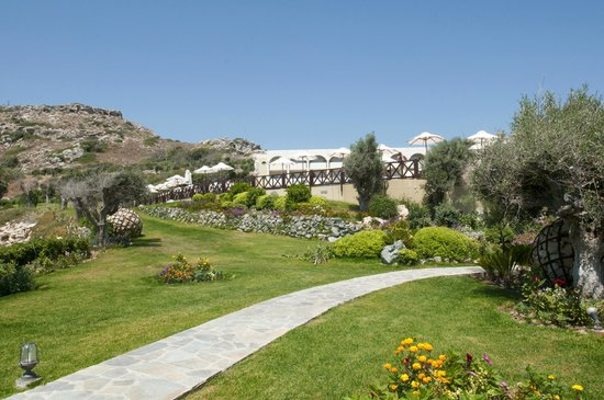 Kalithea Horizon Royal: Garden area