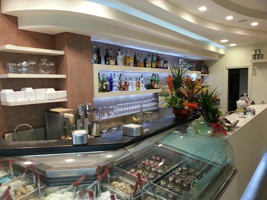 Bar Gelateria Lucia: Il bar lucia ha cambiato faccia