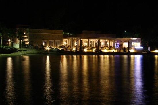 D Maris Bay: The fish restaurant