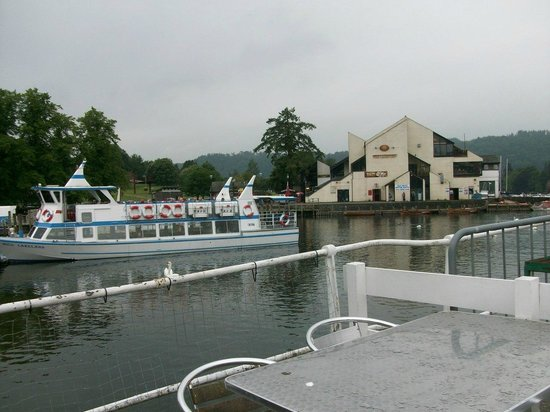 Bowness-on-Windermere, UK: View of Bowness from Steamer