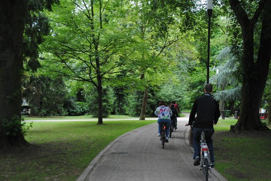 FEEL! Bike Tours: Riding though one of the city's many parks