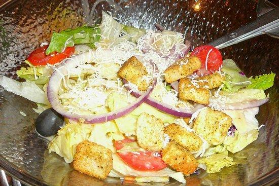 Olive Garden: Salad Bowl