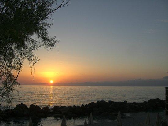 Baia del Godano Resort & Spa: Sonnenuntergang