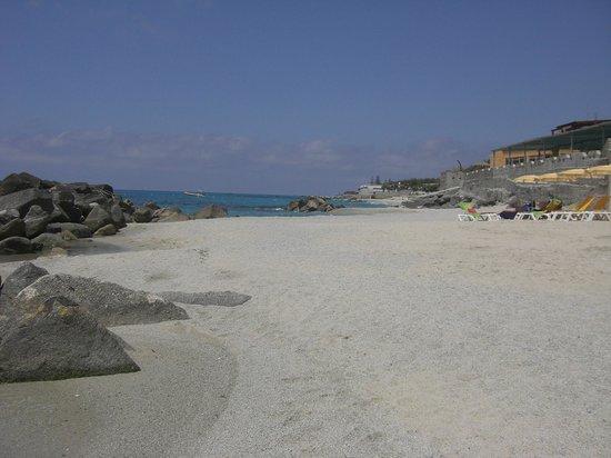 Baia del Godano Resort & Spa: Strand