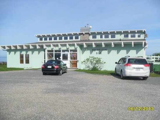 Perce Au Pic de l'Aurore: Zona de recepción y restaurante