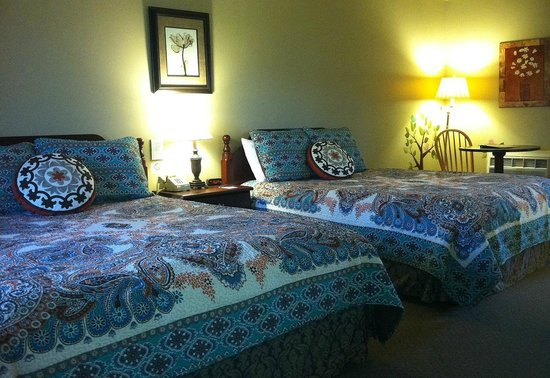 The Meadowlark Inn Cooperstown: Comfortable beds with memory foam!