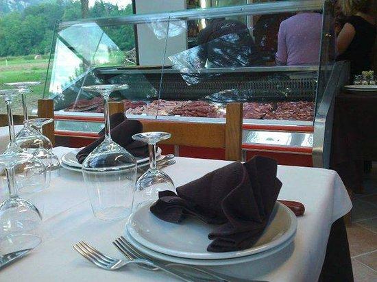 Trattoria Vecchio Mulino Brasserie: la vetrina della scelta della carne