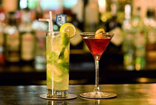Aspects Restaurant: Aspects Bar