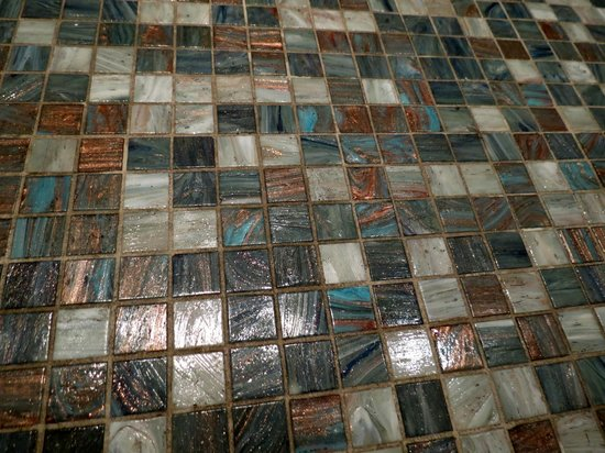 Aldrovandi Villa Borghese : Bathroom floor tiles