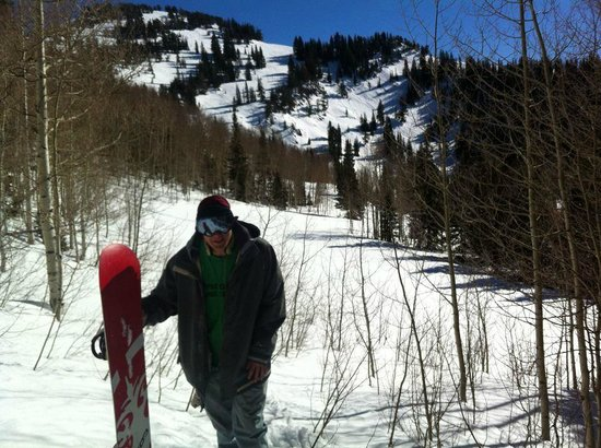 Canyons Village at Park City: this in coming from the mother in law chutes, just out of bounds.