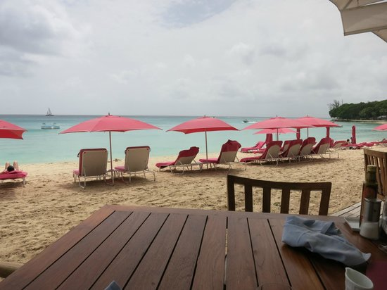 Sandy Lane Hotel: Beach view from the dining deck at Bajan Blue