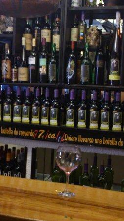 La bodeguilla de Basilio: Bar