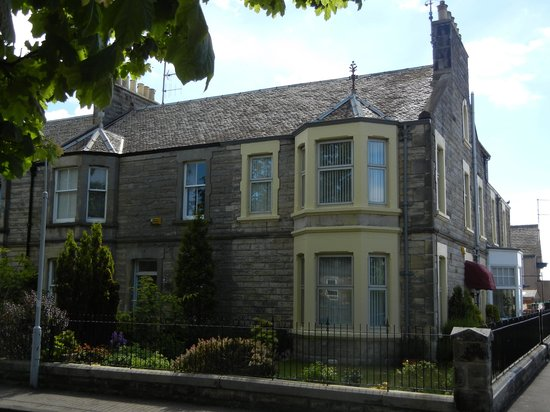 Lomond Guest House : Our room - second floor bay window