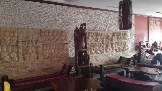 Inter City Boutique Hotel: Reception Area.