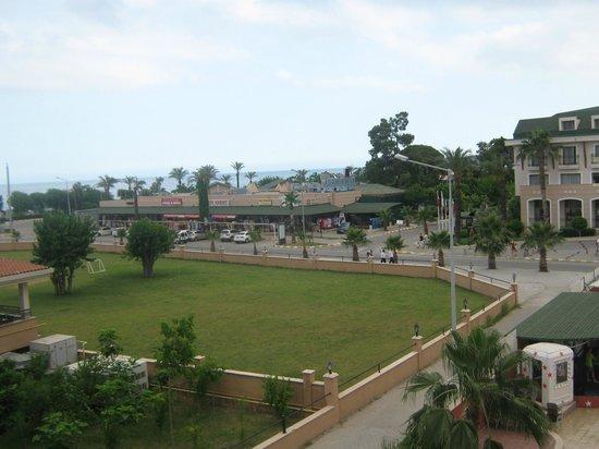 Stardust Beach Hotel : Вид с терассы на соседний отель