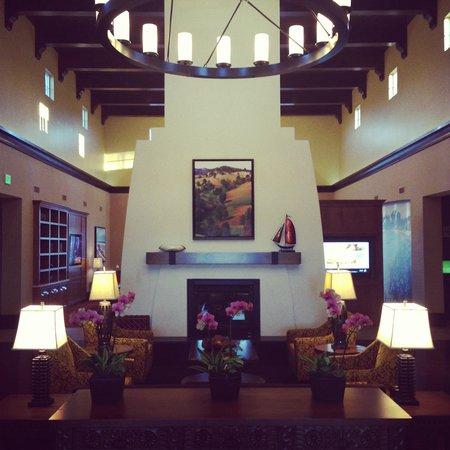 Courtyard Santa Barbara Goleta : Lobby