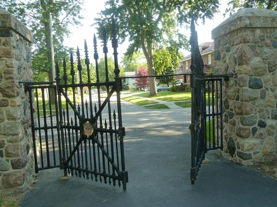 Rutherford B. Hayes Presidential Library & Museums: White House gates donated to Hayes Presidential Center
