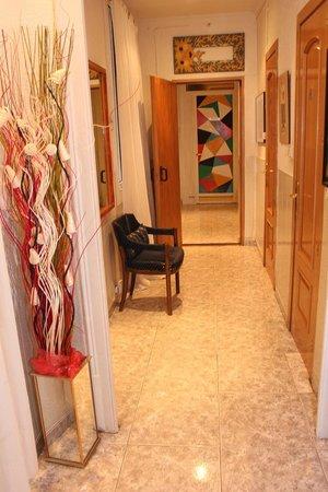 Hostal Aribau : Hall