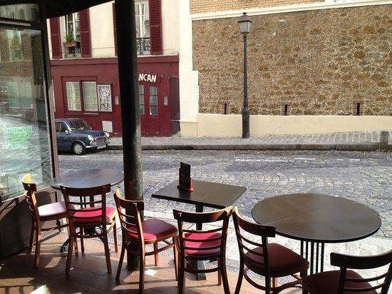 La Boite Aux Lettres Paris 18th Arr Buttes Montmartre