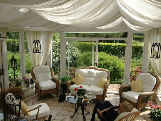 Broomlands Bed & Breakfast: Garden Room