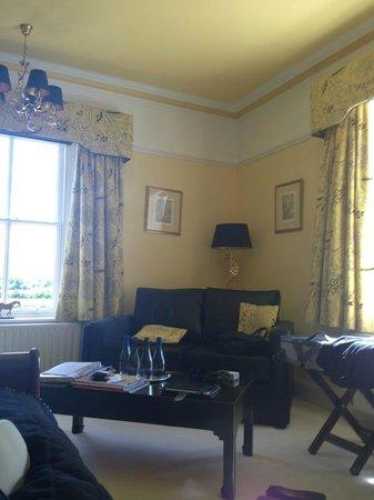 Broomlands Bed & Breakfast: The Yellow Room
