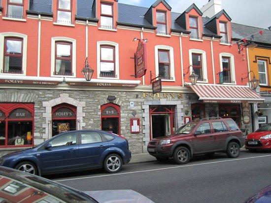 Foleys Restaurant & Bar : The Exterior