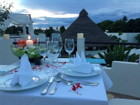 Navutu Dreams Resort & Wellness Retreat: Rooftop Dining