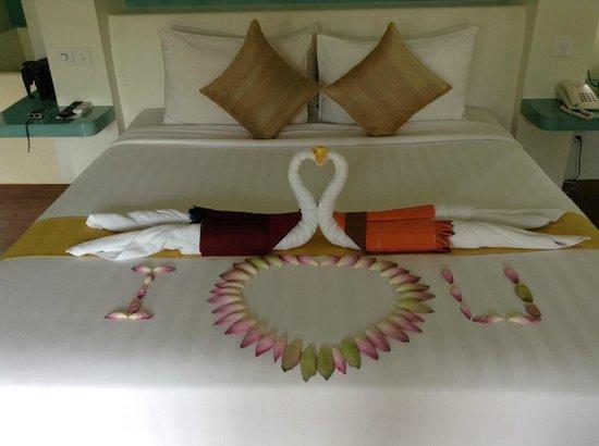 Navutu Dreams Resort & Wellness Retreat: Our Grand Tour Room (upon arrival)