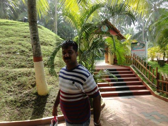 Country Club Treasure Cove: Deepak Tandon