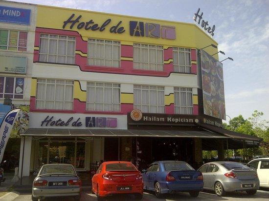 Hotel de Art: Outlook for the hotel
