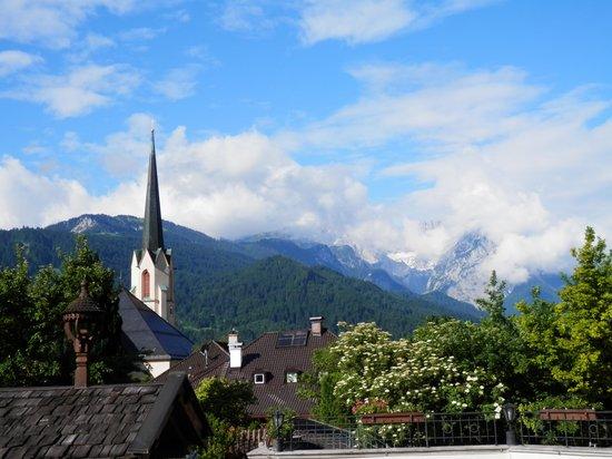 Hotel & Gasthof Schatten: view from  terrace