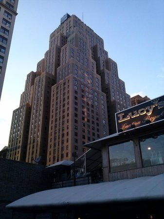 The New Yorker A Wyndham Hotel: View From Lucyu0027s Bar Near Madison Square  Gardens