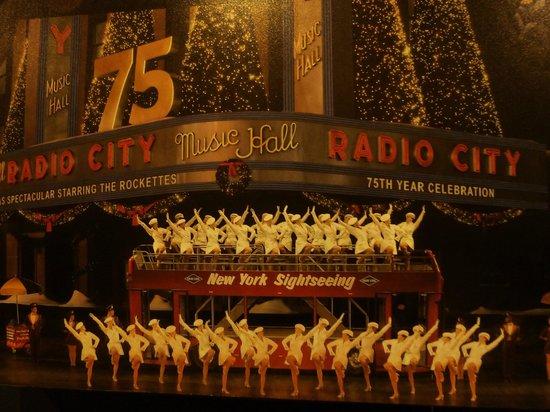 Residence Inn New York Manhattan/Times Square: Radio City was nearby