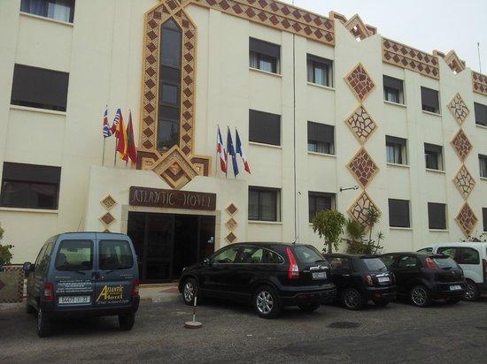 The Atlantic Hotel : facade