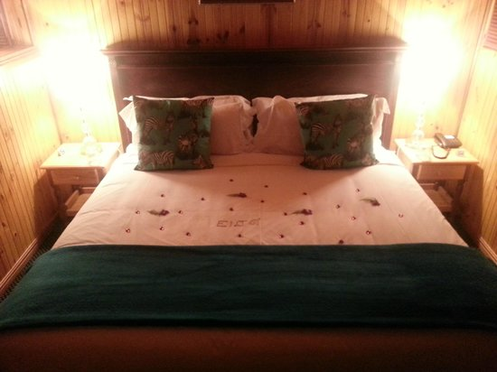 Knysna Tonquani Lodge & Spa : Added touches means attention to service and detail