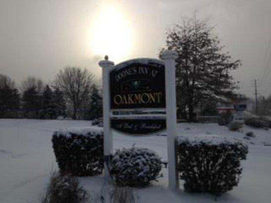 Doone's Inn at Oakmont: Entrance